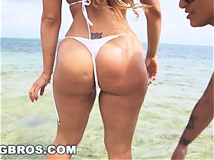BANGBROS - Nicole Aniston Is The World's greatest pawg