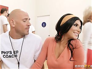 Romi Rain and Kate frost share a ample bone