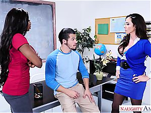 nasty dude boinks his lecturer and stepmom at college
