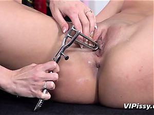 peeing lesbians Nicol enjoy white love