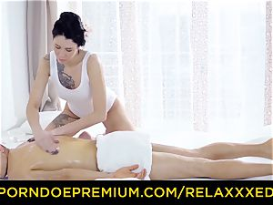 RELAXXXED - tattooed lubed brown-haired has steaming massage orgy