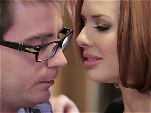 Mean mummy Veronica Avluv plows her daughter's man
