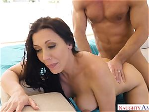 Rachel Starr bounces her wet gash on Johnnys stiff beef whistle