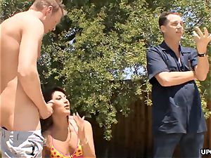 A cuck situation with AJ as her snatch gets boinked