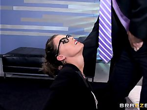 Peta Jensen gives her client some serious fuck-fest therapy