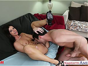 India Summer welcomes his hard fuck-stick deep in her puss