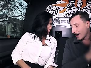 backsides Bus – super hot German bus screw with filthy mature female