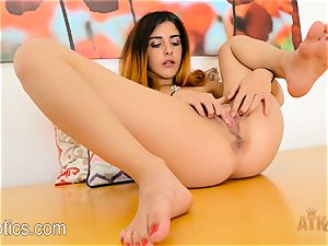 Sally squirt fumbles her red-hot tiny gash