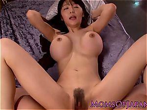 asian mother Miho Ichiki demonstrates us her internal cumshot