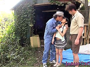 japanese nubile gets her pretty face glazed in jizm outside