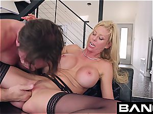 shag hard-core: Alexis Fawx spurting milf boinked