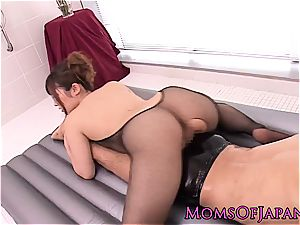 asian milf creampied after oily massage