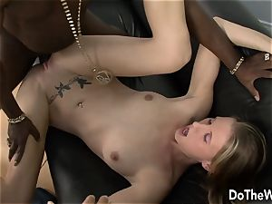 Cuck observes wife Aspen Blue worship bbc