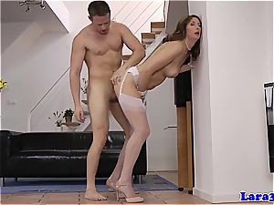 euro cougar Lara got herself another dick