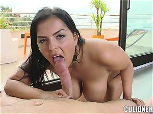Jasmine cradles a manstick in her thick fun bags
