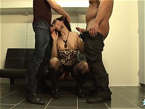 LaCochonne - French Julia Gomez in super-fucking-hot rectal three-way