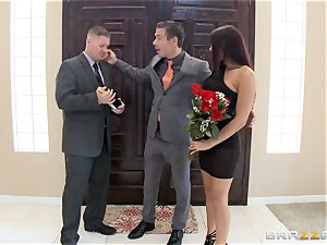 harsh Rachel Starr humps super-fucking-hot beef whistle in front of her husband
