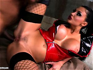 Lusty stunning Aletta Ocean gets anally porked she couldn't stop yelling
