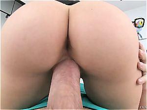 Mia Malkova's perfect butt deserves idolize