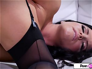 pornstar taunt - see Romi load her tiny pinkish vagina