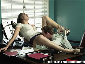 Every manager needs an employee like Chanel Preston