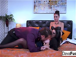 3-way with Dava, Jessica and Chad